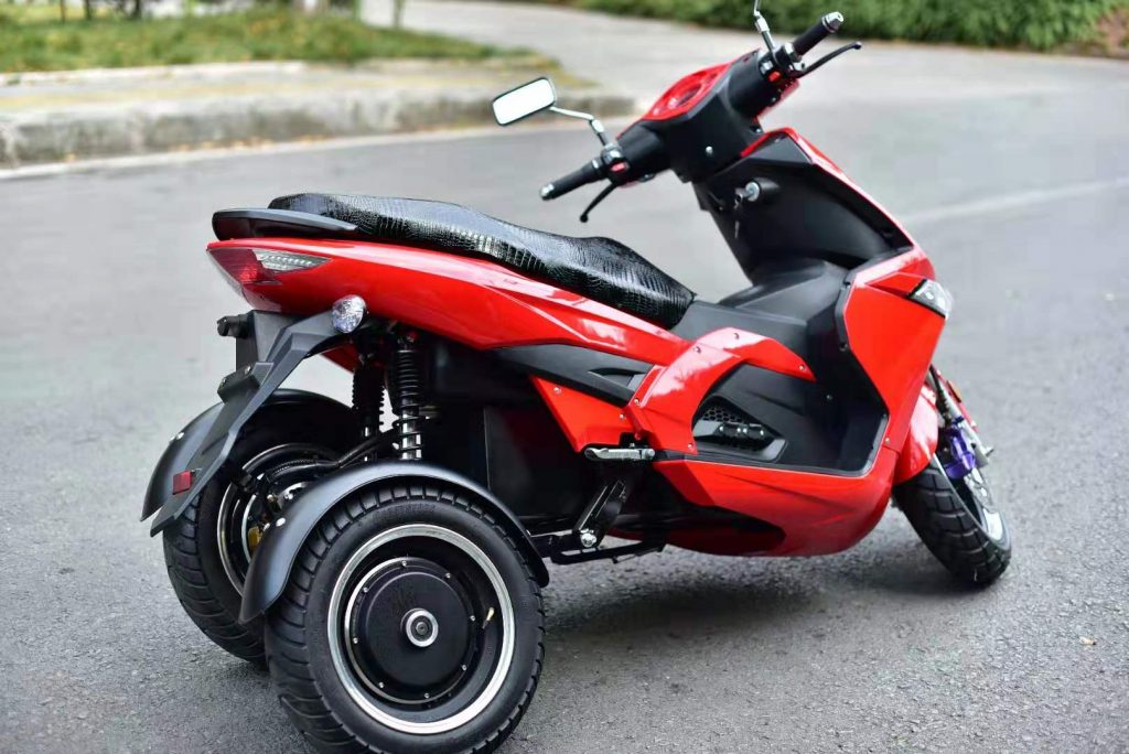 RAPTOR electric moped